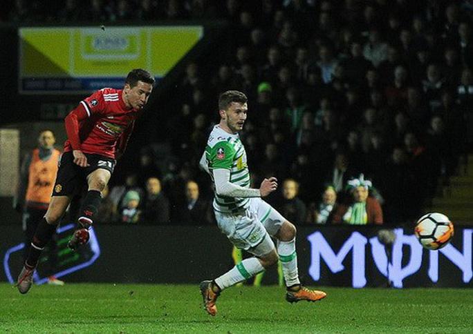 Sanchez ra mắt ấn tượng, Man United giành vé vòng 5 FA Cup - Ảnh 5.