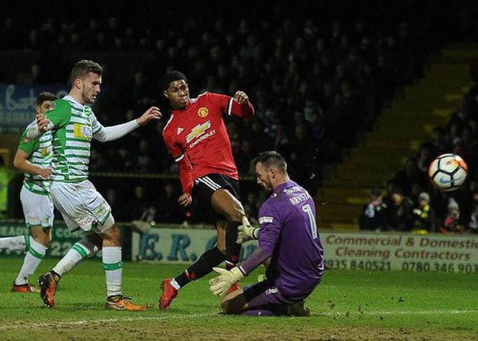 Sanchez ra mắt ấn tượng, Man United giành vé vòng 5 FA Cup - Ảnh 4.