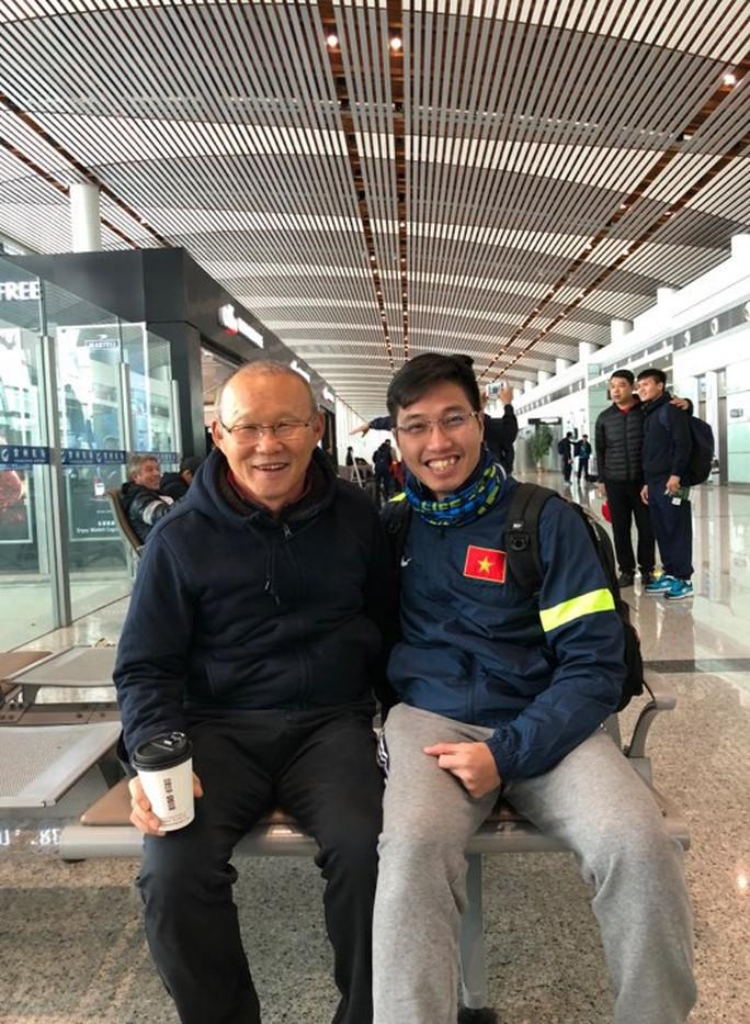 U23 Việt Nam bắt đầu hành trình về nước - Ảnh 4.
