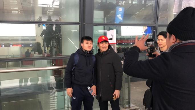 U23 Việt Nam bắt đầu hành trình về nước - Ảnh 5.