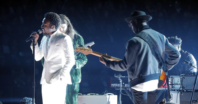 Grammy 2018: Bruno Mars gom hết giải quan trọng! - Ảnh 7.