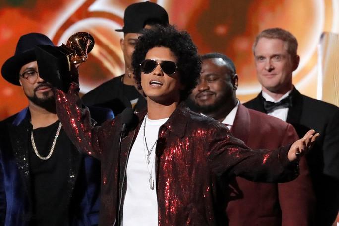 Grammy 2018: Bruno Mars gom hết giải quan trọng! - Ảnh 27.
