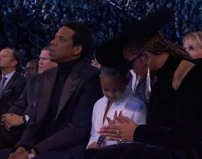 Con gái vợ chồng Beyonce thu hút tại Grammy 2018 - Ảnh 3.