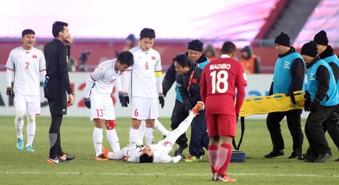 Những hình ảnh lấy nước mắt người hâm mộ của U23 Việt Nam - Ảnh 5.