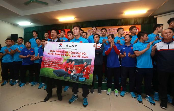 U23 Việt Nam tự chia tiền thưởng - Ảnh 1.