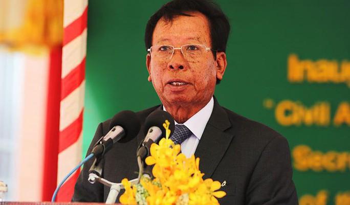 Trung Quốc tặng xe quân sự cho Campuchia trước tập trận chung - Ảnh 1.