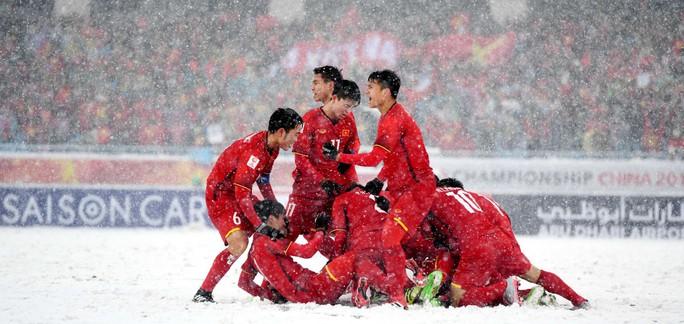 Cùng bình chọn để siêu phẩm trong tuyết của Quang Hải đẹp nhất U23 châu Á - Ảnh 1.