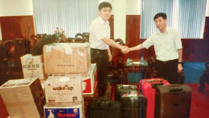 Những tên tội phạm sang chảnh Trung Quốc ở Việt Nam - Ảnh 1.