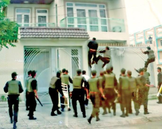 Những tên tội phạm sang chảnh Trung Quốc ở Việt Nam - Ảnh 2.