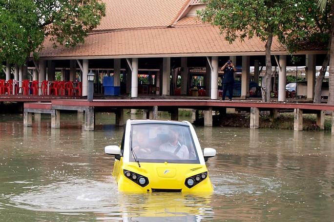 Xe hơi chống sóng thần - Ảnh 1.