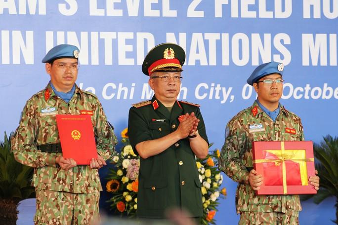 Những bóng hồng quân y Việt Nam sang châu Phi gìn giữ hòa bình - Ảnh 2.