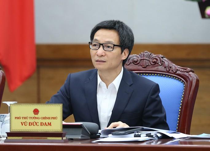 Phó Thủ tướng: Không chỉ độc quyền SGK, mà còn ép mua sách tham khảo - Ảnh 1.