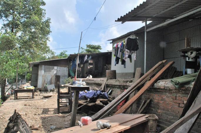 Dời 4.200 hộ dân sống bên kinh thành Huế - Ảnh 1.