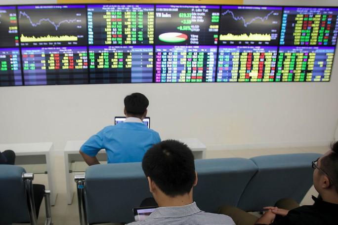Đề xuất nâng lô giao dịch lên 1.000 cổ phiếu gặp phản ứng trái chiều - Ảnh 1.