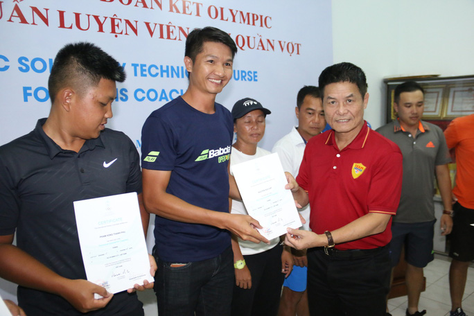 Giảng viên nước ngoài ấn tượng với HLV quần vợt Việt Nam - Ảnh 4.
