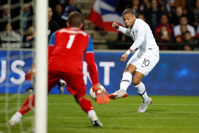 Nhà vô địch World Cup Pháp suýt bị Iceland hạ đo ván sân nhà - Ảnh 5.
