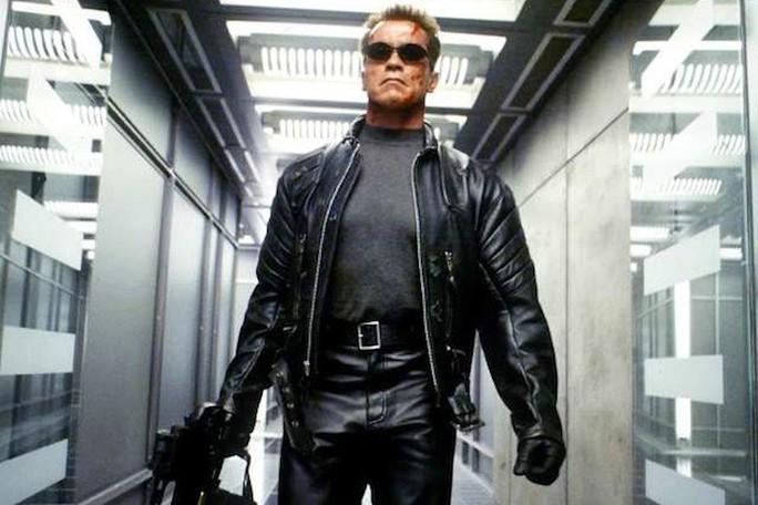 Kẻ hủy diệt Arnold hối tiếc xin lỗi vì suồng sã phụ nữ - Ảnh 2.