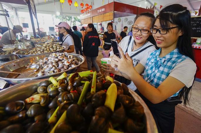 Hàng trăm món ngon tại Lễ hội ẩm thực châu Á - Ảnh 9.