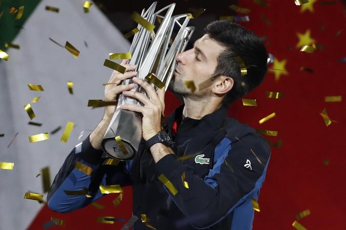 Clip Djokovic vô địch tại Thượng Hải, đoạt danh hiệu Masters thứ 32 - Ảnh 7.