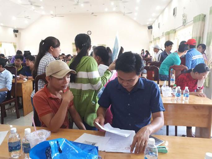 218 công nhân khởi kiện đòi nợ lương, BHXH - Ảnh 1.