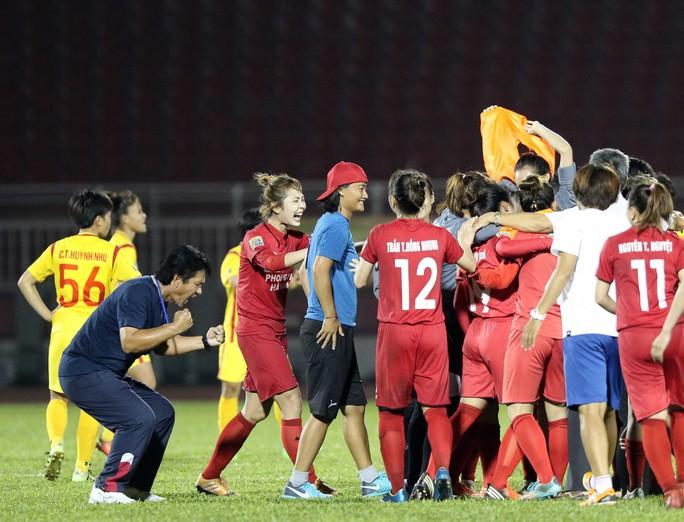 Phong Phú Hà Nam thắng TP HCM 1, lần đầu vô địch bóng đá nữ Việt Nam - Ảnh 10.