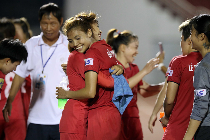 Phong Phú Hà Nam thắng TP HCM 1, lần đầu vô địch bóng đá nữ Việt Nam - Ảnh 7.