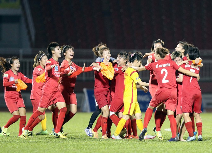 Phong Phú Hà Nam thắng TP HCM 1, lần đầu vô địch bóng đá nữ Việt Nam - Ảnh 6.