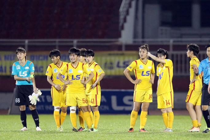 Phong Phú Hà Nam thắng TP HCM 1, lần đầu vô địch bóng đá nữ Việt Nam - Ảnh 9.