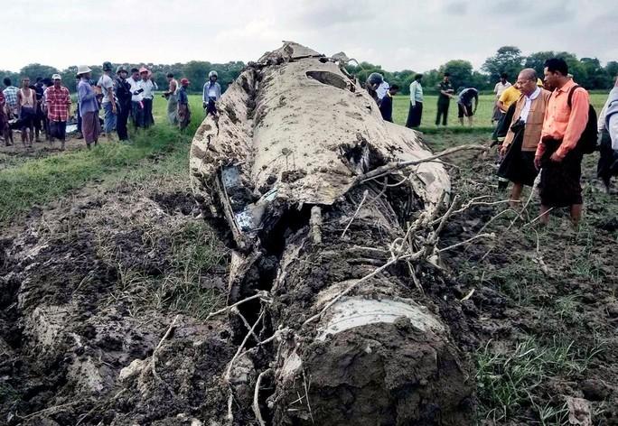 Myanmar: Rơi 2 chiến đấu cơ Trung Quốc sản xuất, 3 người chết - Ảnh 1.