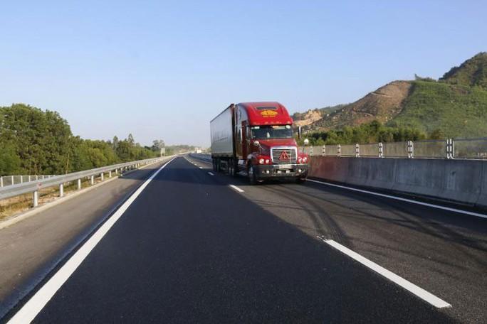 Chủ đầu tư dự án đường cao tốc Đà Nẵng - Quảng Ngãi: Cưng quá hóa hư! - Ảnh 1.