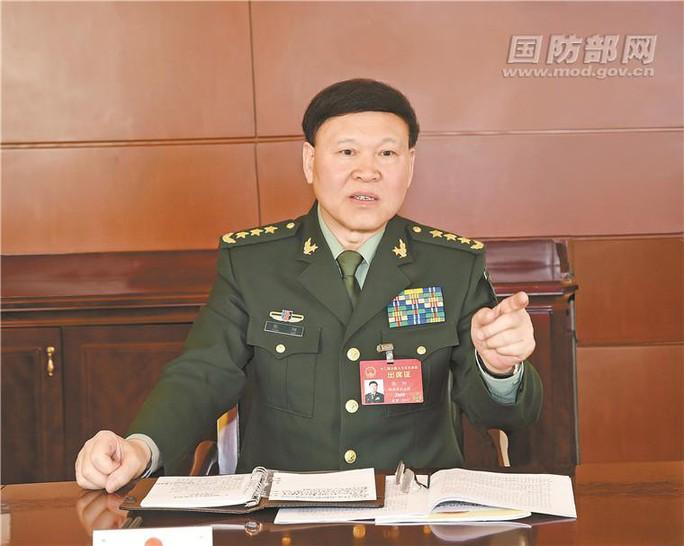 Trung Quốc khai trừ đảng, tước quân hàm tướng tự vẫn - Ảnh 1.