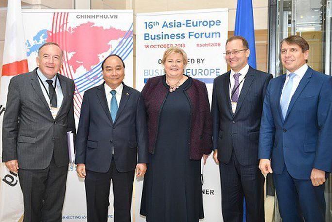 Thủ tướng: Hoan nghênh DN châu Âu có tiếng nói để Hiệp định EVFTA sớm  ký kết  - Ảnh 2.
