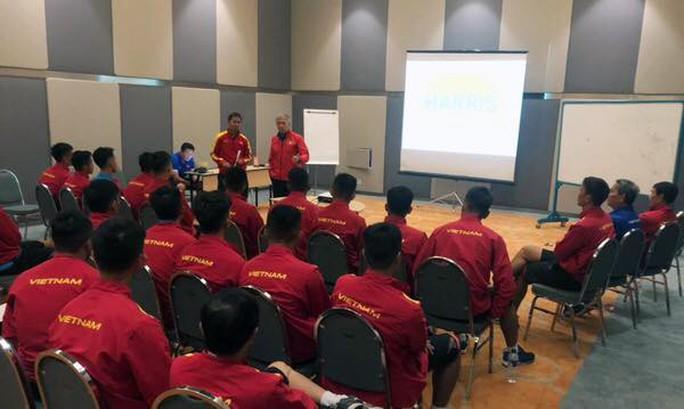 Treo thưởng 500 USD/bàn thắng cho U19 Việt Nam - Ảnh 1.