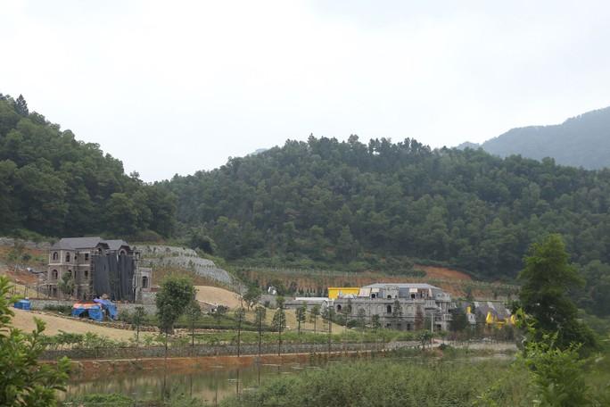 Băm nát đất rừng phòng hộ Sóc Sơn - Ảnh 1.