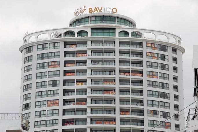 Ông chủ khách sạn hạng sang xây trên đất quốc phòng bị truy tố - Ảnh 3.