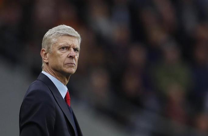 """HLV Wenger tuyên bố tái xuất, CLB Trung Quốc """"trải thảm đỏ"""" - Ảnh 1."""