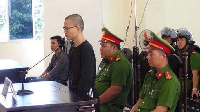 Nhân viên trung tâm y tế lãnh 7 năm tù vì chống phá nhà nước - Ảnh 1.
