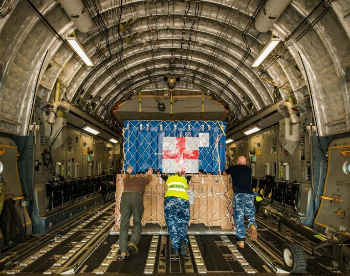 Cận cảnh trong máy bay C-17 đưa bệnh viện dã chiến Việt Nam đến Nam Sudan - Ảnh 2.