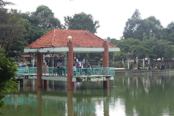 Nợ gần 100 triệu đồng, công viên bị cúp nước - Ảnh 1.