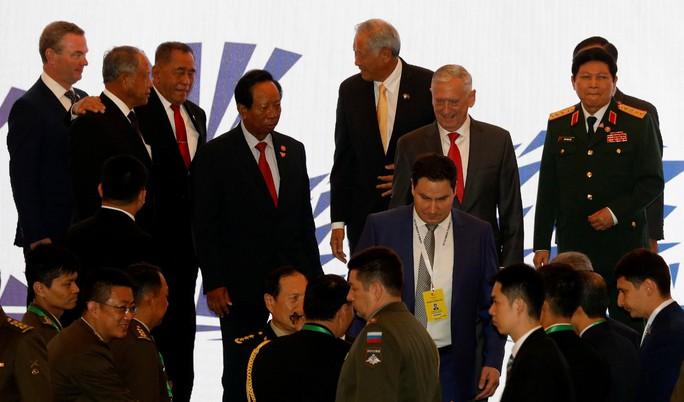 ASEAN bảo đảm môi trường an toàn, hòa bình trên không - Ảnh 1.