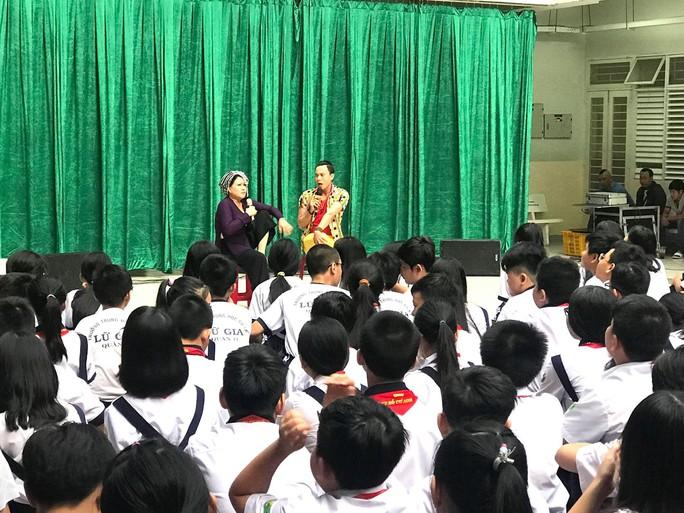 Nghệ sĩ háo hức dự đoán kết quả giải thưởng Văn học Nghệ thuật TP HCM lần 2 - Ảnh 4.