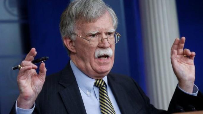 Mỹ vừa rút khỏi hiệp ước hạt nhân với Nga, cố vấn Mỹ lại tới Moscow đàm phán - Ảnh 1.