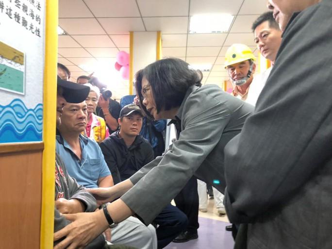 Tai nạn đường sắt ở Đài Loan: Ám ảnh cảnh tượng gần toa số 6 - Ảnh 3.