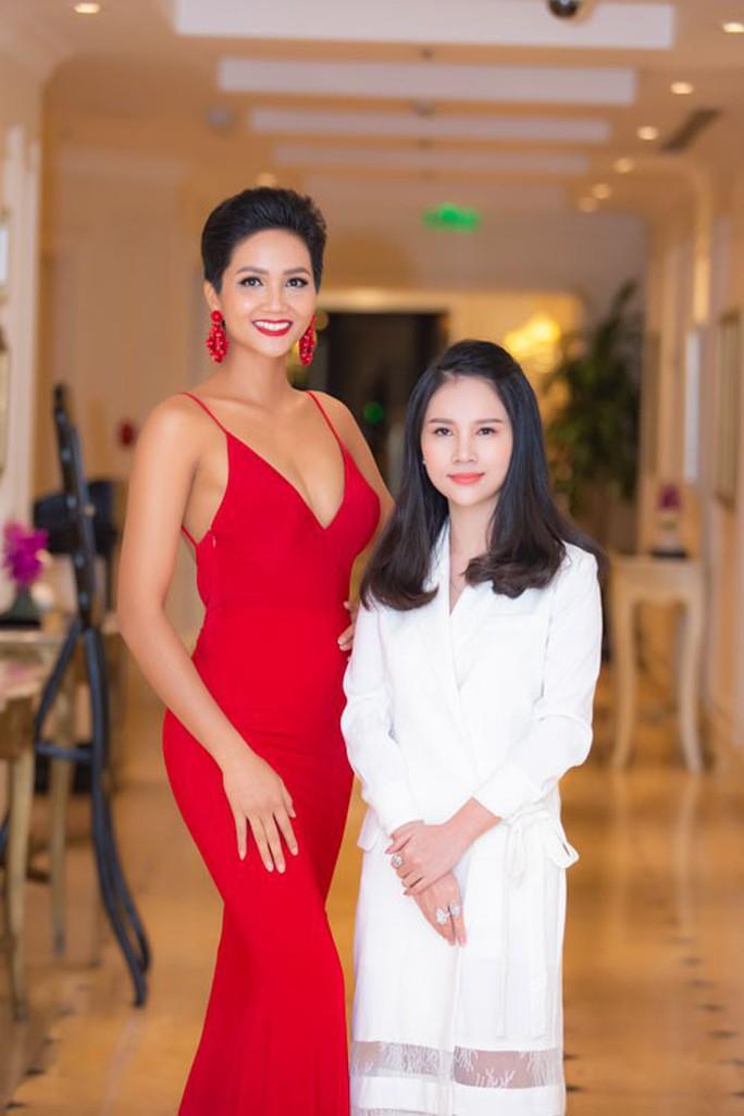 Hoa hậu HHen Niê: Chưa thấy có ai nhắn tin tế nhị làm quen - Ảnh 2.