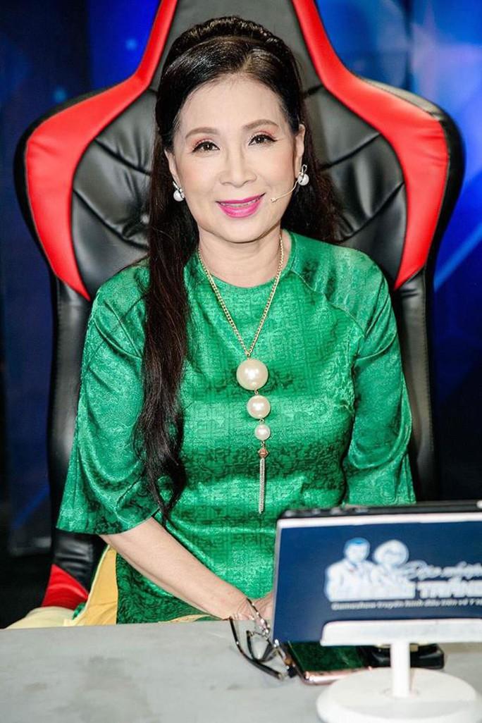 NSƯT Kim Xuân: Về đến nhà, sự nổi tiếng của tôi là xa xỉ - Ảnh 2.