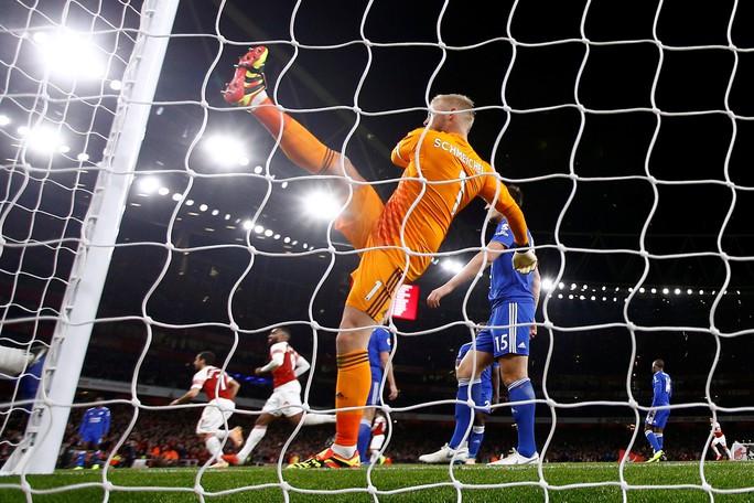 Lập cú đúp trong 3 phút, Aubameyang giúp Arsenal hạ cựu vô địch - Ảnh 6.