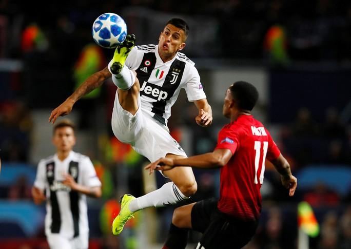 Juventus toả sáng, hạ gục Man United ở Old Trafford - Ảnh 1.
