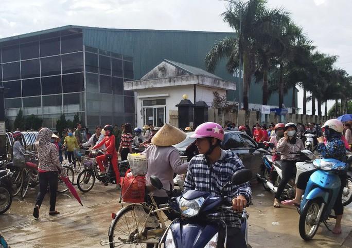 Công ty TNHH Ivory Việt Nam: Bị ép tăng ca, hơn 3.000 công nhân ngừng việc  - Ảnh 1.