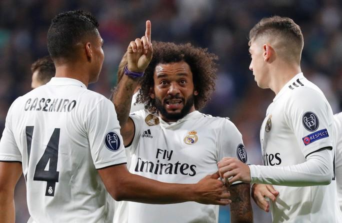 Thoát hiểm ở Bernabeu, sao Real Madrid giữ ghế HLV Lopetegui - Ảnh 4.
