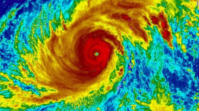 Siêu bão mạnh kinh hồn ngang ngửa Haiyan tiến về châu Á - Ảnh 1.